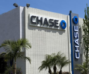 "No Need to ""Chase"" Credit Card Offers – ""Discover"" These"